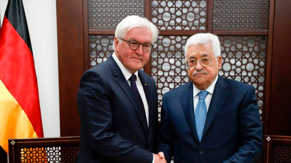 Frank-Walter Steinmeier, Mahmoud Abbas