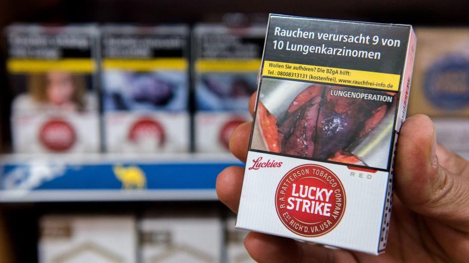 Zigarettenschachtel mit Schockbild