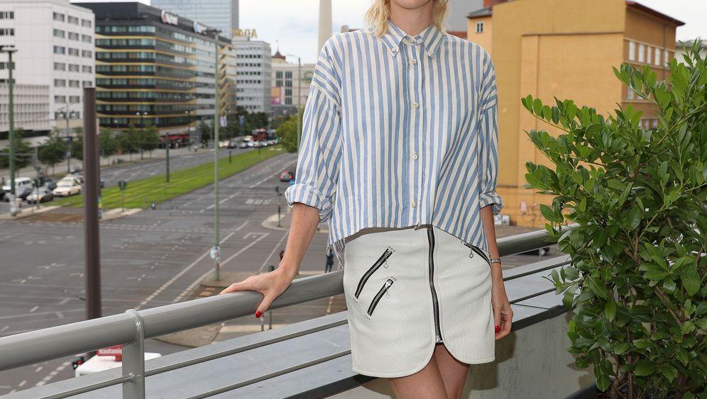 Charlize Theron: Hollywoodstar überrascht Schüler