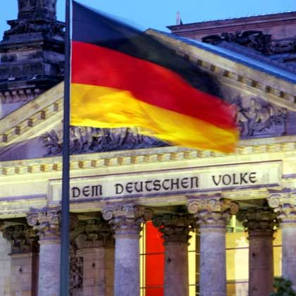 Die Politik Dem Deutschen Volke - aber das Volk ist oft verdrossen.