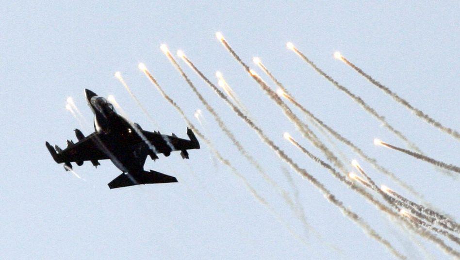 Jak-130 (bei einer Flugshow in Moskau): Auch im Kampf gegen Ziele am Boden einsetzbar