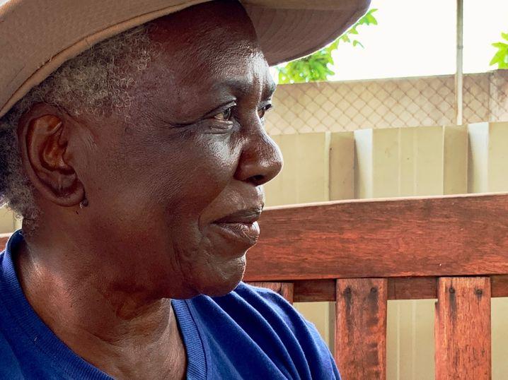 Großmutter Shery Ziwakayi hat in einer speziellen Ausbildung gelernt, wie wichtig Zuhören ist