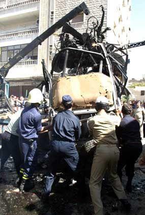 Wrack des explodierten Autos: Gezielte Tötung auf fremden Gebiet