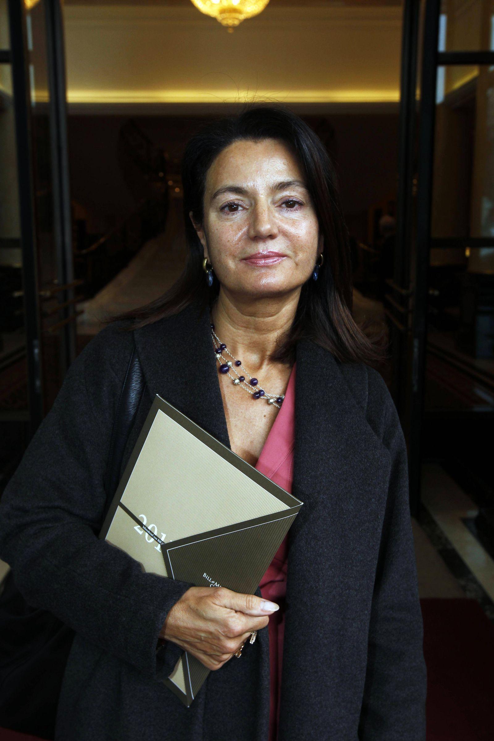 EINMALIGE VERWENDUNG Margarita Mathiopoulos