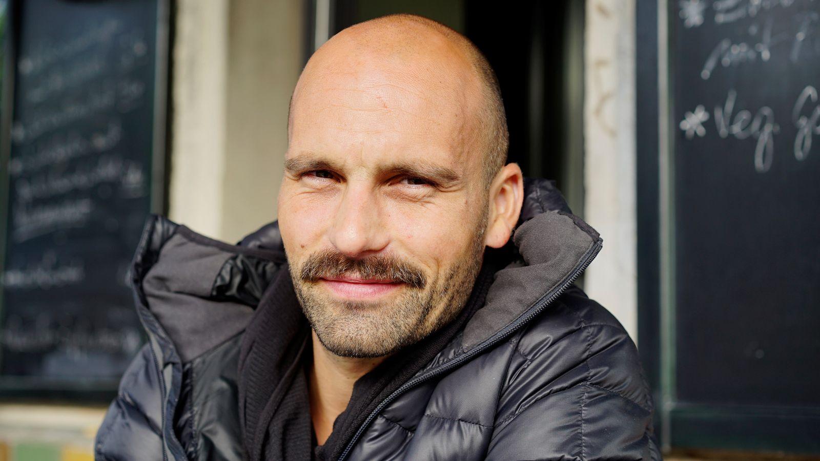 EINMALIGE VERWENDUNG Eins aus Tausend/ Anne Backhaus/ Nicholas Grünke