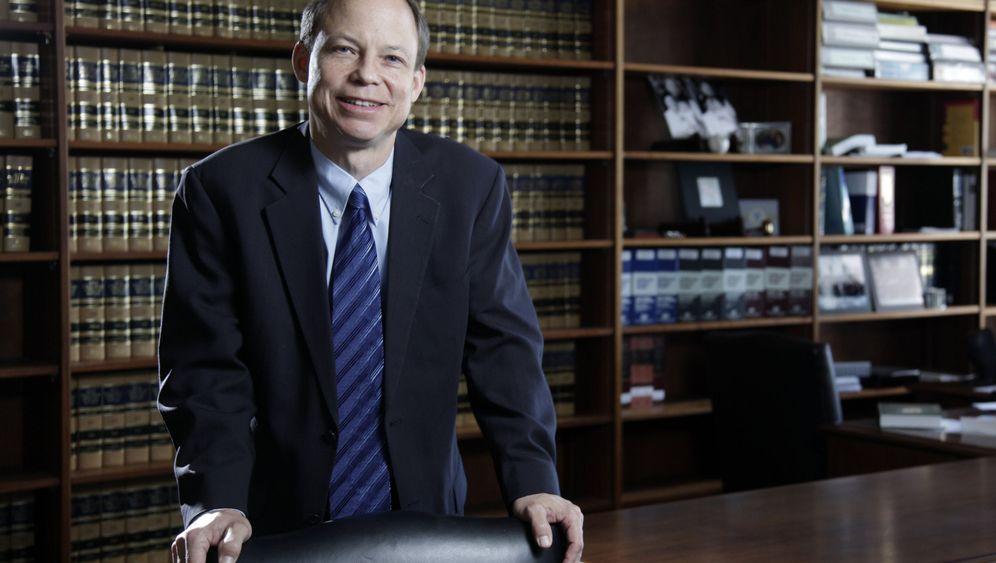 """Vergewaltigungfall von Stanford: """"Persky muss gehen"""""""