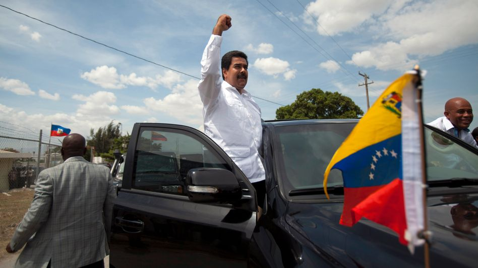 """Venezuelan President Nicolás Maduro: """"Latin America is telling this young man that you are being persecuted by the empire, come here."""""""