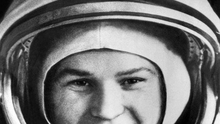 Walentina Tereschkowa: Kosmonautin, Generalmajor, Politikerin