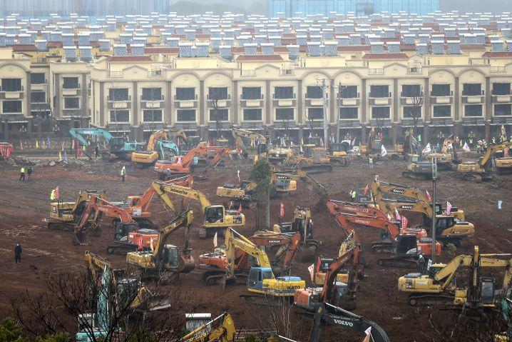 Bau eines Krankenhauses im Eiltempo