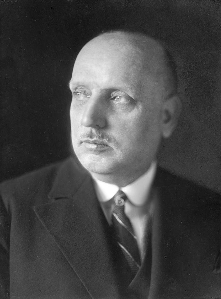 Erster bundesdeutscher Agrarminister Wilhelm Niklas (CSU)