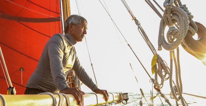 """Hokulea""-Navigator Thompson"