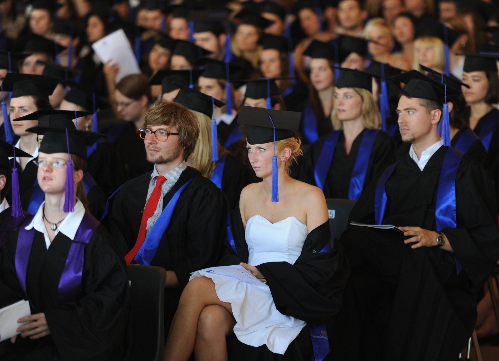 Studenten Abschluss Bonn Absolventen Akademiker