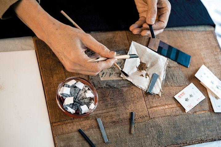 Faber Castell: Das fränkische Familienunternehmen ist der weltgrößte Produzent von Bunt- und Bleistiften. Unter dem Namen Graf von Faber-Castell werden Premiumschreibgeräte vermarktet
