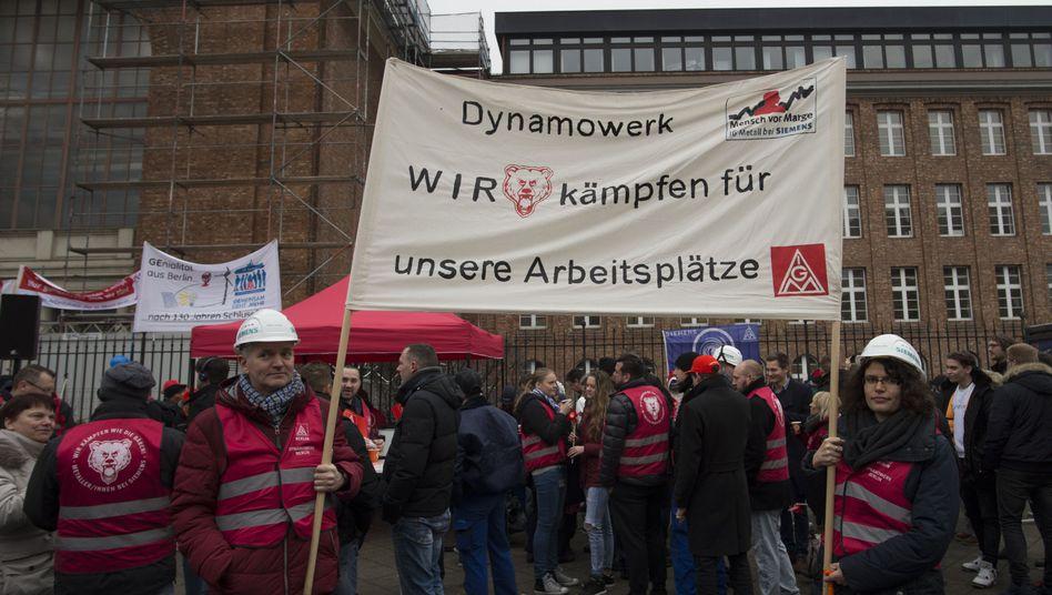 Siemens-Beschäftigte demonstrieren am Mittwoch in Berlin