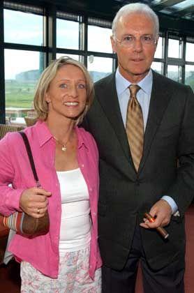 Burmester und Beckenbauer bei einem gemeinsamen Auftritt Mitte Mai 2003