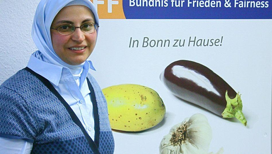 Hülya Dogan: Die erste Kopftuch-Politikerin sitzt im Stadtrat von Bonn