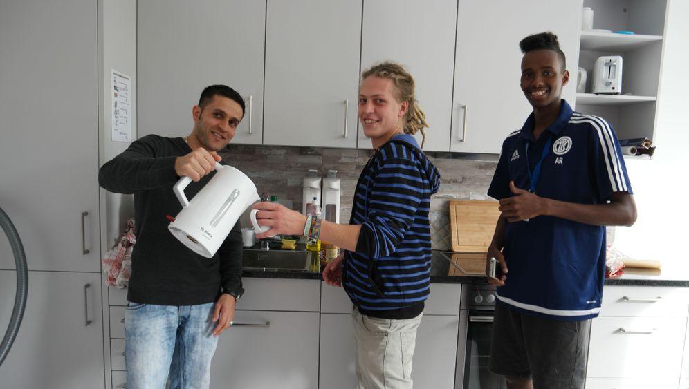 """Wohnheim für Studenten und Flüchtlinge in München: """"Wenn jemand still vor sich hin studieren möchte, wäre er hier falsch"""""""