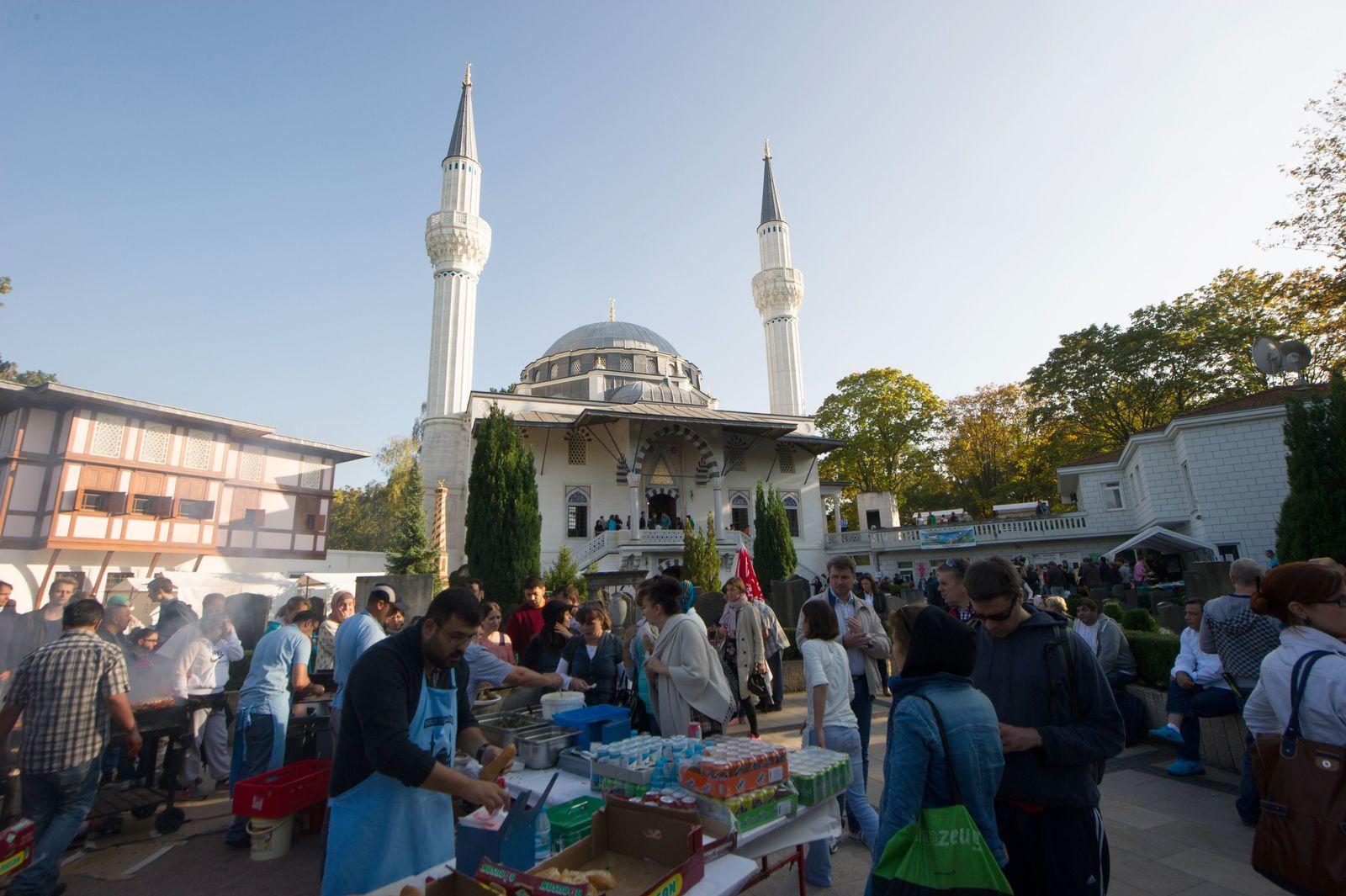 Sehitlik/ Moschee