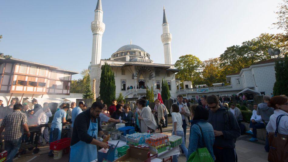 """Sehitlik-Moschee in Berlin: """"Wir müssen weiter reden"""""""