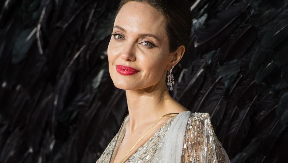 Angelina Jolie dankte den Jungs für ihren Einsatz