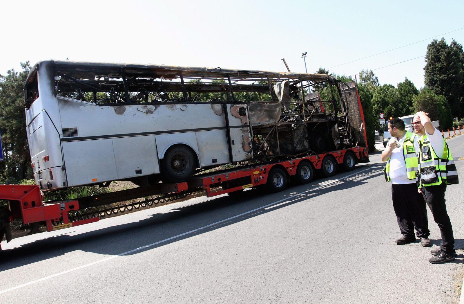 Explosion in bus with Israeli passengers at Bulgari Burgas Airpor