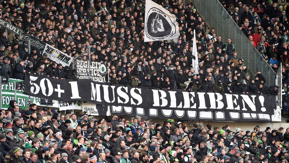 Fans in Mönchengladbach (24.02.2018)