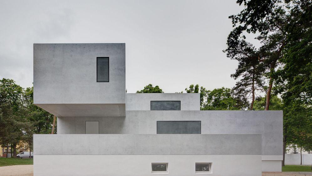 Bauhaus in Dessau: Weiße Schönheiten