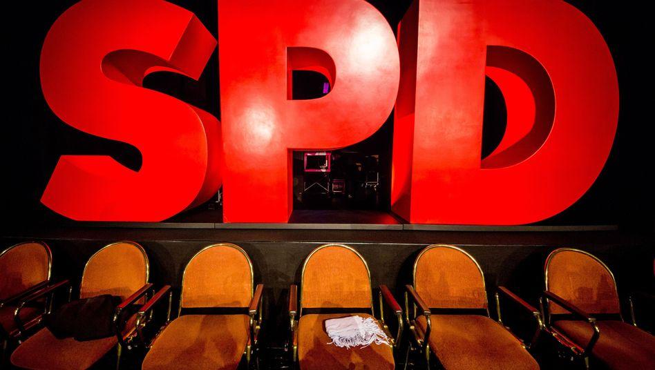 SPD-Logo (beim Landesparteitag in Baden-Württemberg 2018): Seit Monaten Gift versprüht