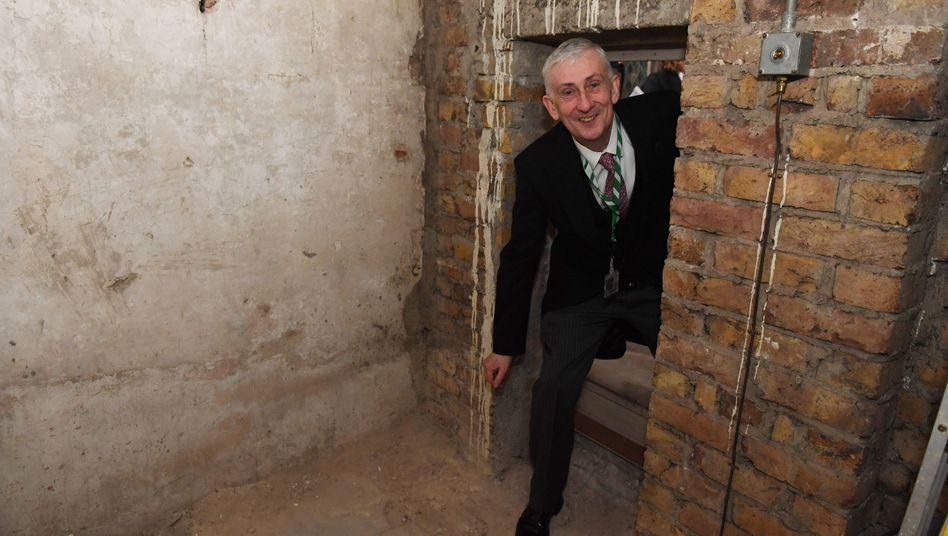 Zufallsfund in London: Geheimgang aus dem 17. Jahrhundert im britischen Parlament entdeckt