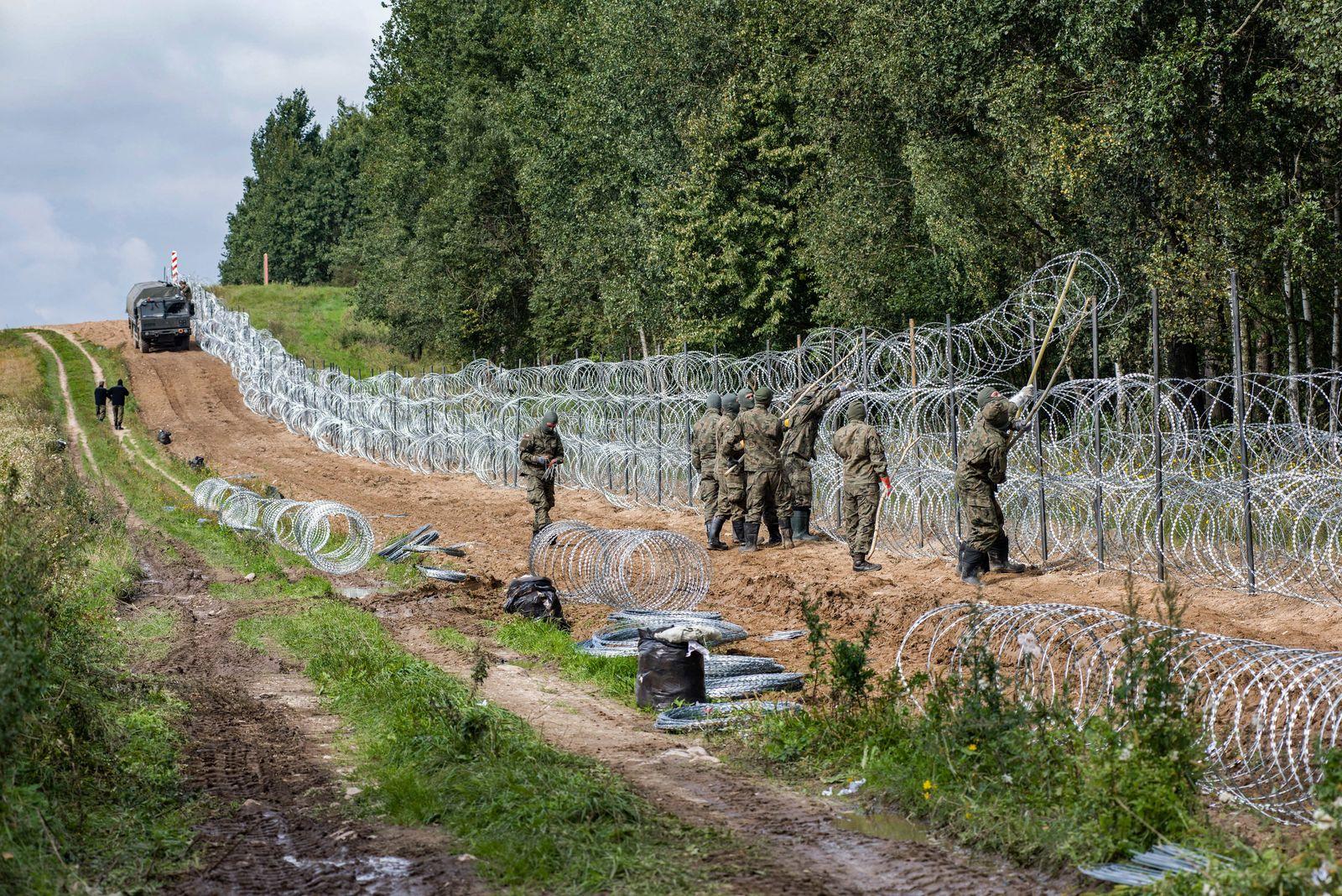 Migranten an der polnisch-belarussischen Grenze