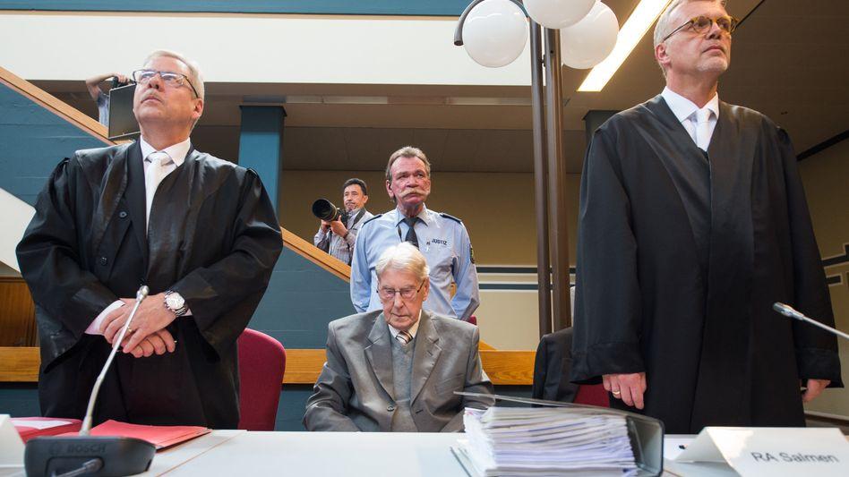 Reinhold Hanning im Gerichtssaal (Archiv)