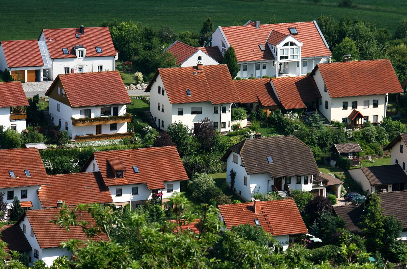 Eigenheim / Hausbau / Immobilie / Eigenheimzulage / Baukindergeld / Immobilien/ Immobilienmarkt / Neubausiedlungen
