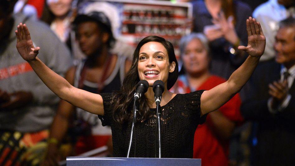 Schon 2016 machte sich Rosario Dawson im Wahlkampf stark