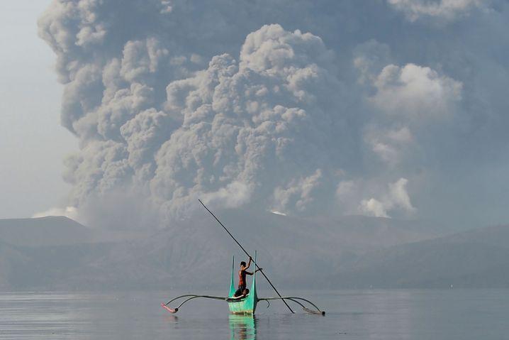 Ausbruch des Taal-Vulkans am 13. Januar: Behörden haben alle Bewohner in einem Umkreis von 14 Kilometern um den Hauptkrater aufgefordert, die Region zu verlassen