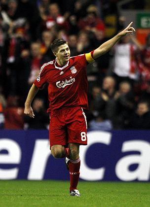 Steven Gerrard: Tor und Sieg gegen Blackburn