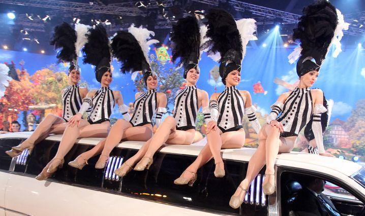 Das deutsche Fernsehballett bei einem Auftritt 2011