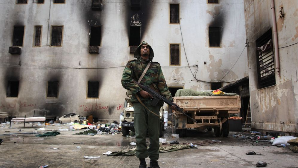 Photo Gallery: Ghadafi's Last Stand