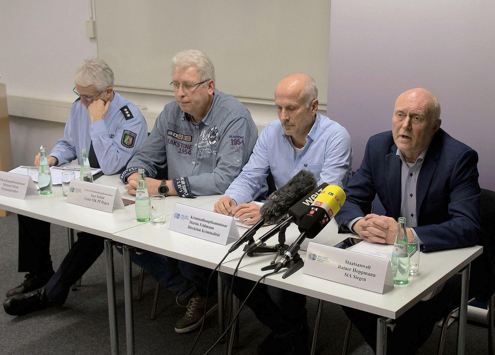 Pressekonferenz nach dem Tod eines 16-Jährigen im Sauerland