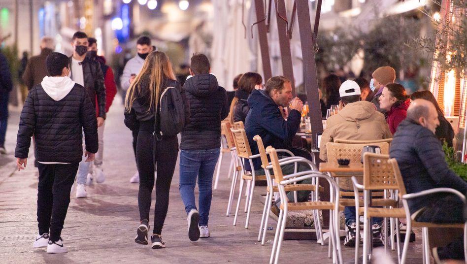 Straßenszene in Olbia auf Sardinien: »Leider sind die Leute nachlässig geworden«