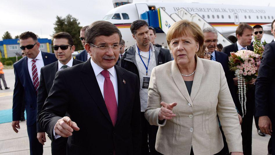 Angela Merkel und Ahmet Davutoglu in Gaziantep