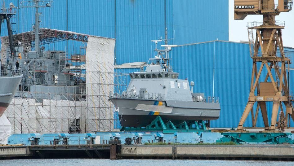 Ein Küstenschutzboot für Saudi-Arabien in einer Werft der Lürssen-Gruppe (Archiv)