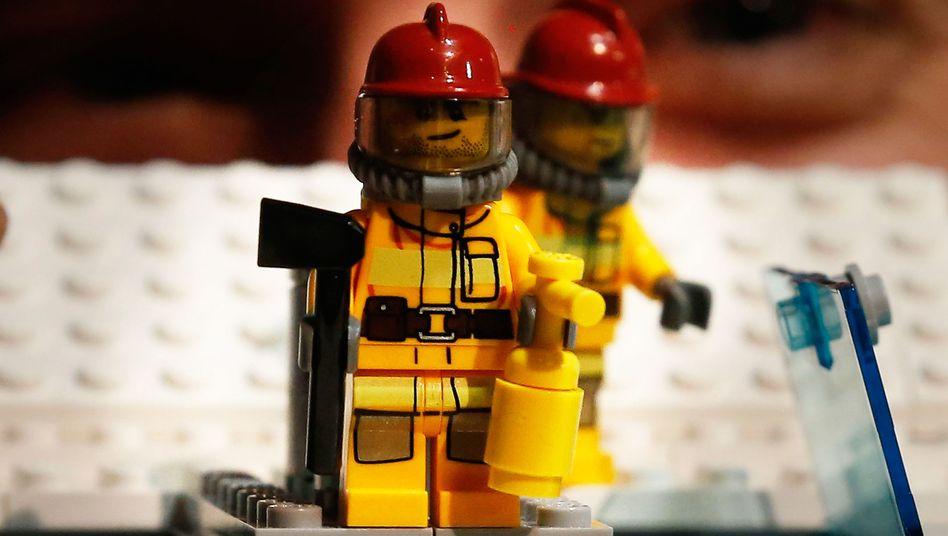 Als Spielzeug sind Feuerlöscher schon länger Teil des Lego-Reichs
