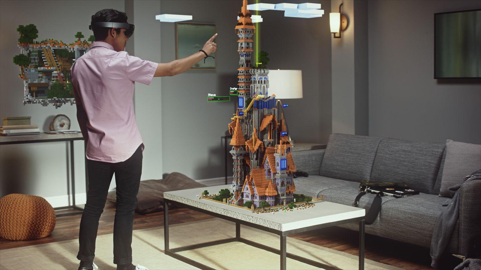 Minecraft / Microsoft HoloLens