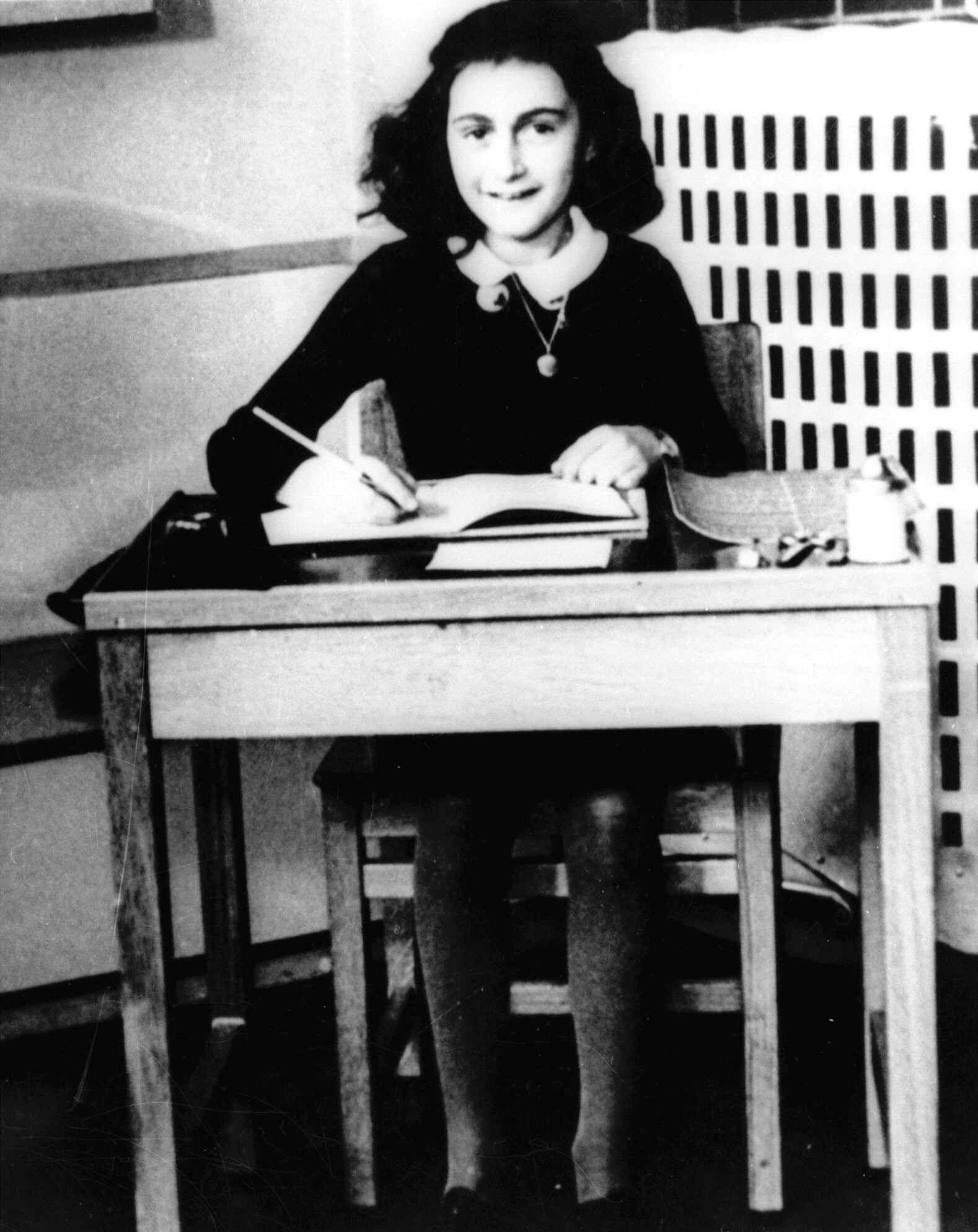 NUR FÜR EINESTAGES - Liebes Tagebuch... Anne Frank