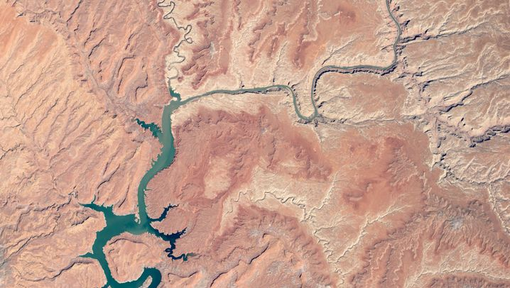 Lake Powell am 2. Mai 2019 (links) und am 20. April 2012
