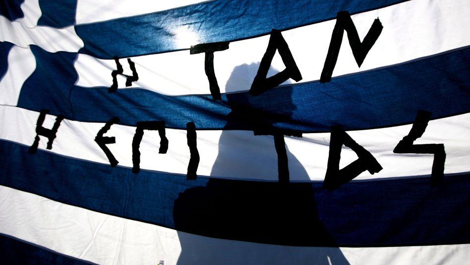 Protest gegen Griechenlands Sparpaket: Aberwitzige Rettungssummen
