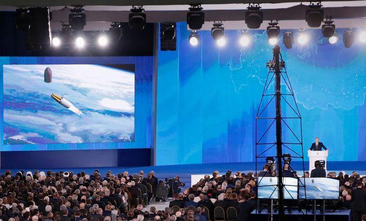 """Putin bei Präsentation: """"ganz hervorragende Waffe"""""""