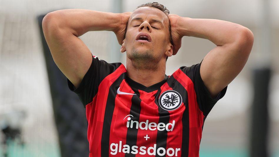 Frankfurts Timothy Chandler wirkt eher unglücklich nach dem Mainz-Spiel