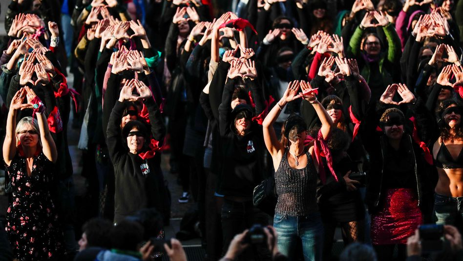 Frauen in Rom protestierten im vergangenen Dezember vor dem Justizministerium gegen Vergewaltigung