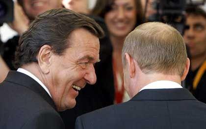 Männerfreunde Schröder, Putin: Die Rechnung ohne die Polen gemacht
